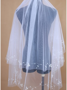 Marvelous Fingertip Length Bridal Wedding Veil Selling
