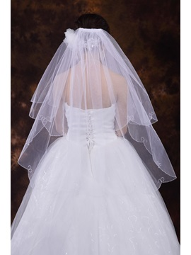 Elegant Wedding Veils With Beading Edge