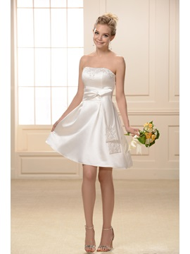 Beaded Sashes/Ribbons A-Line Sweetheart Neckline Knee-Length Bridesmaid Dress & modern Bridesmaid Dresses