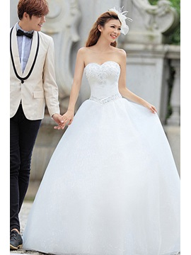 Fantastic Sweetheart Beading Ball Gown Floor-length Wedding Dress & affordable Wedding Dresses