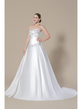 Strapless Sweetheart Applique Beading Lace-Up Court Train A-Line Floor-length Wedding Dress & modest Wedding Dresses