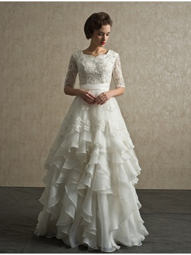 Classical Tiereds Half-Sleeves Beaded Lace Appliques Floor-Length A-Line Wedding Dress & quality Wedding Dresses