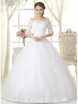 Classic Lace Appliques Off the Shoulder Long Sleeve Ball Gown Wedding Dress & romantic Wedding Dresses