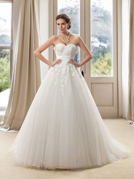 Strapless Sweetheart Lace Appliques Floor Length A-Line Wedding Dress & fashion Wedding Dresses