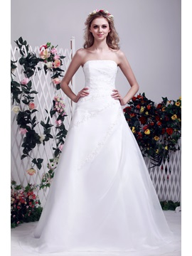 Sophisticated Summer Strapless A line Appliques Chapel Train Dasha's Wedding Dress & casual Wedding Dresses
