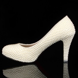Cute Closed Toe Stiletto Heel Pearl Wedding Shoes