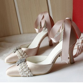 Beading Pointed Toe Satin Bridal Shoes