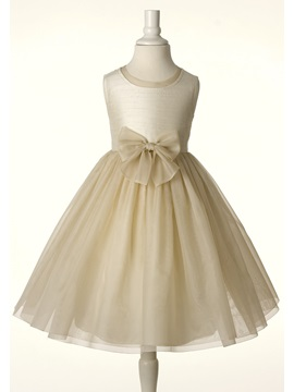 Simple Style A-line Scoop Bowknot Strapless Flower Girl Dress