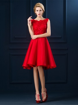 Pretty Straps A-Line Lace Bowknot Knee-Length Prom Dress