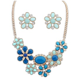 Charming Flower With Rhinestone Jewelry Set