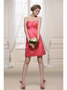 Attractive Strapless Pleats Sheath Knee-length Bridesmaid Dress