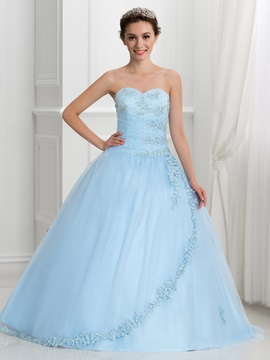 Dramatic Sweetheart Beading Lace-Up Ball Gown Quinceanera Dress & casual Ball Gown Dresses