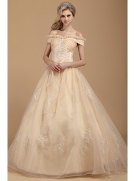 Exclusive Off-the-shoulder Appliques Floor-length Dasha's Quinceanera Dress & fashion Ball Gown Dresses