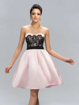 Stylish Sweetheart Lace Short Cocktail Dress Designed