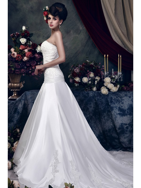 Gorgeous A-Line Lace Sleeveless Cathedral Train Taline's Wedding Dress