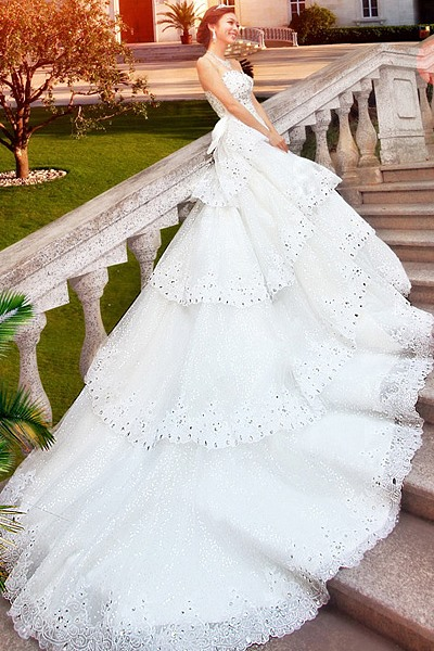 GLamorous A-Line Floor-Length Beading Bowknot Sweetheart Cathedral Train Wedding Dress