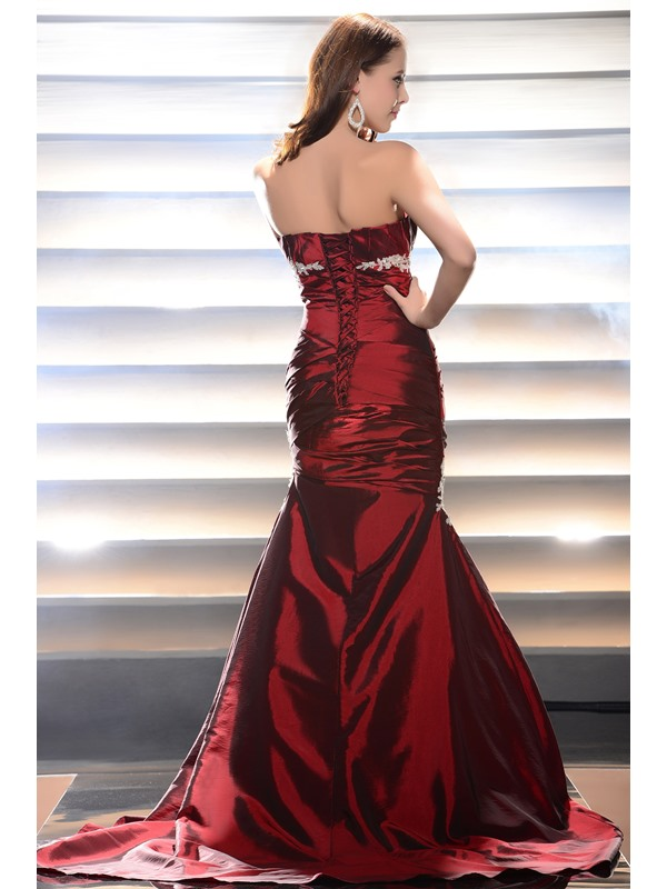 Elegant Mermaid Scalloped-Edge Appliques Lace-up Ruched Long Evening Dress