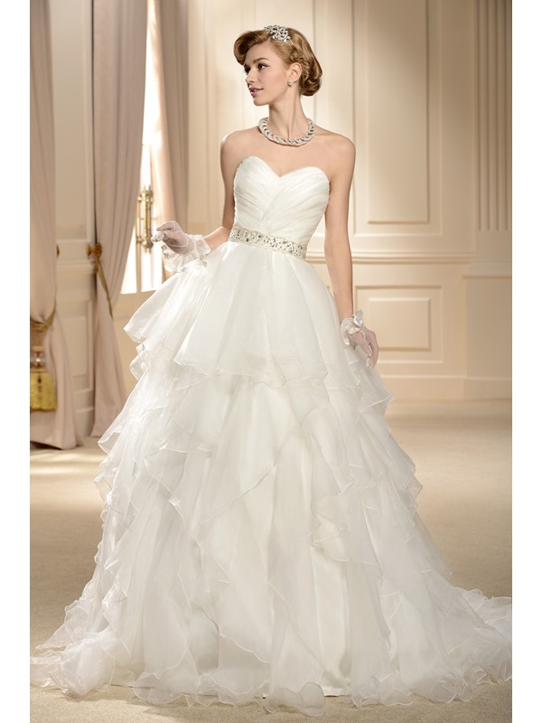 Gorgeous Ball Gown Sweetheart Tiered Chapel Wedding Dress(Free Shipping)