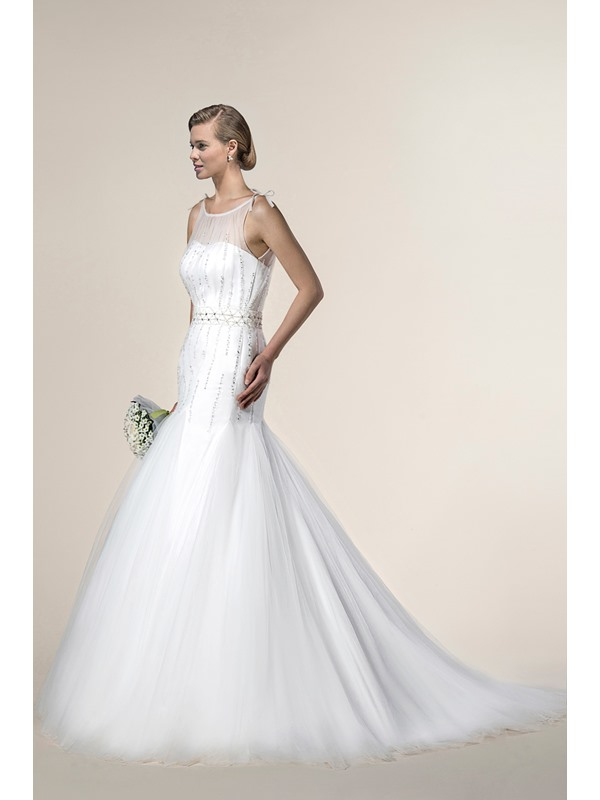 Mysterious Trumpet/Mermaid Sleeveless Beading Scoop Chapel Train Wedding Dress