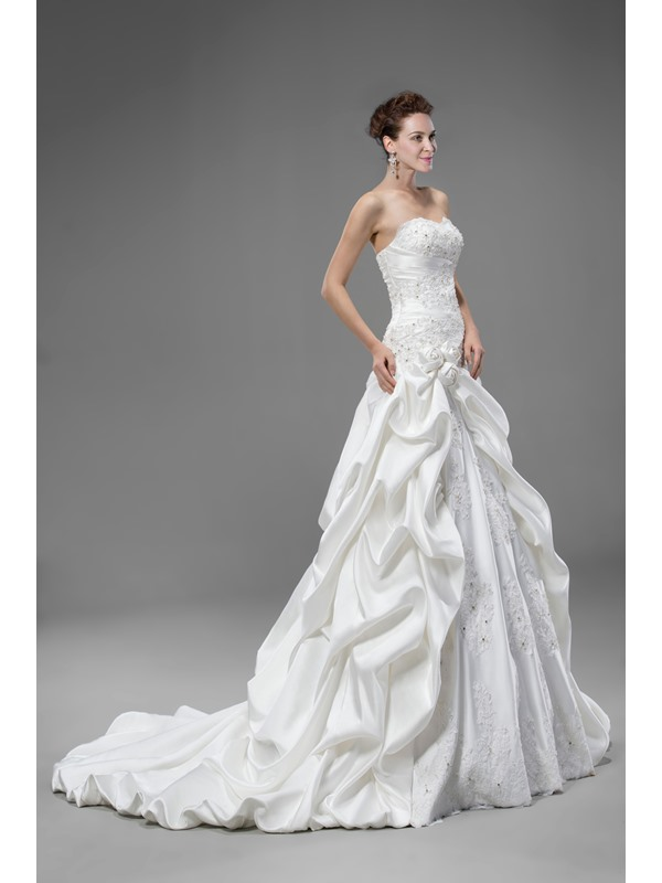 Beautiful Trumpet/Mermaid Flowers Lace-up Sweetheart Court Train Appliques Wedding Dress(Free Shipping)