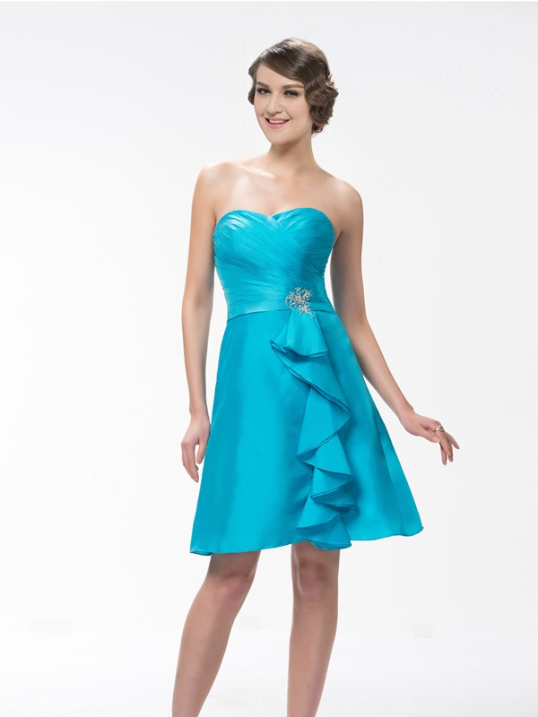 Simple Style A-Line Sweetheart Neck Knee-Length Beading Bridesmaid Dress