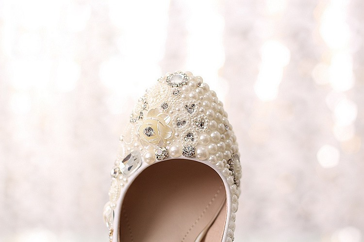 Rhinestone Flowers Closed Toe Stiletto Heel Pearl Wedding Shoes