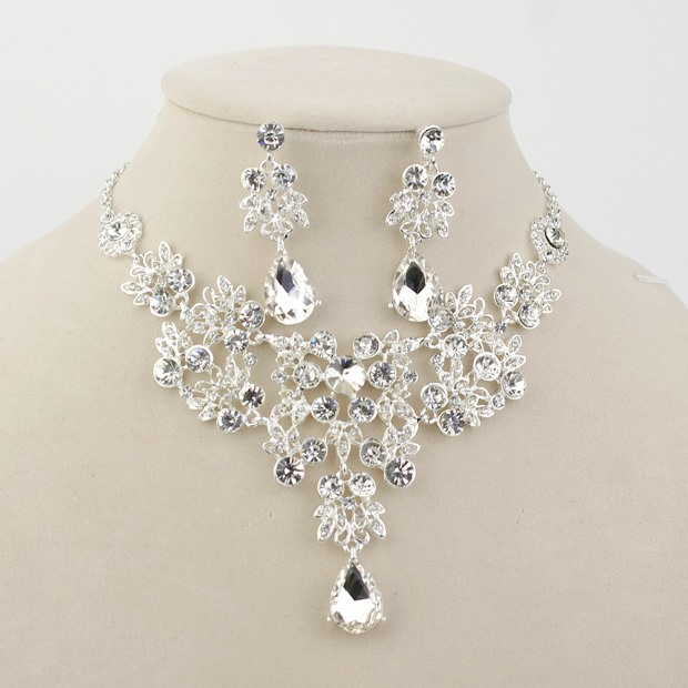 Luxurious New Arriver Rhinestone Bridal Jewelry Set (Including Necklace and Earrings)
