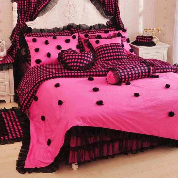 Dazzling Black Pink Color Rose Dots Lie around Whole Cotton 4-Piece Teen Bedding Sets