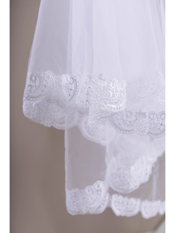 Cathedral Style Appliques Wedding Viel