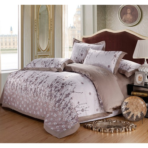 Simple Gray Plum Blossom Print Pure Cotton 4-Piece Bedding Sets