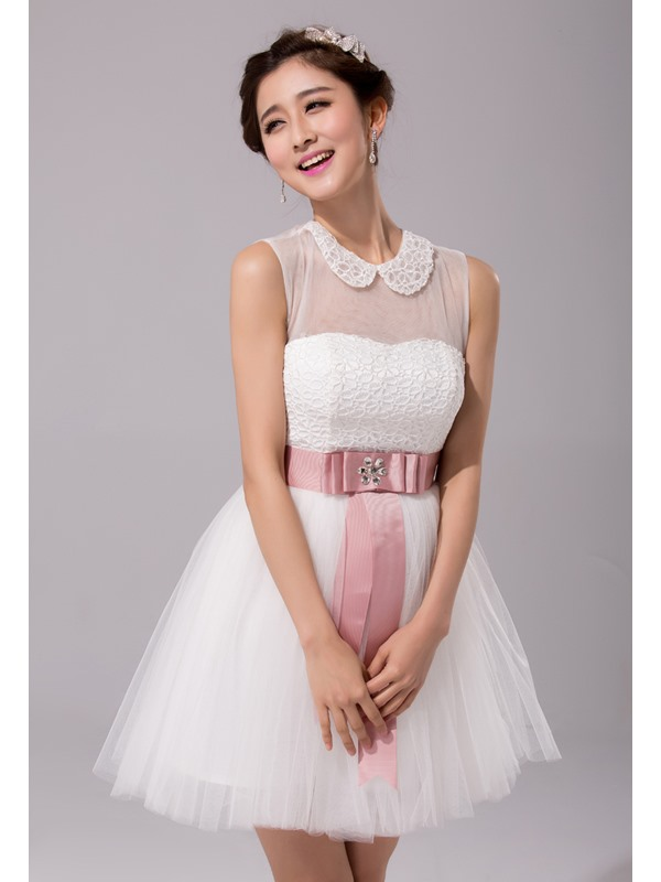 Classic Short Sleeveless Lace Beading Jewel Neck Sashes Bridesmaid Dress