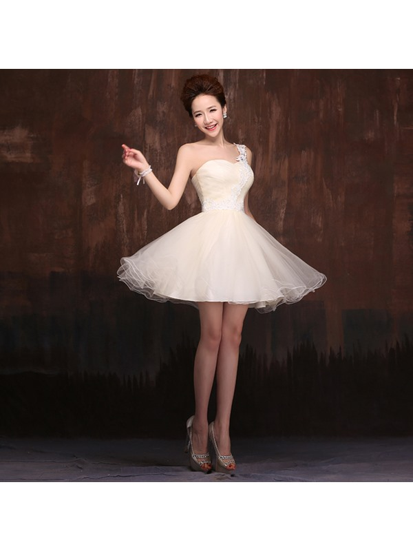 Pretty One-Shoulder A-Line Lace Ruched Short Sweet 16/Homecoming Dress