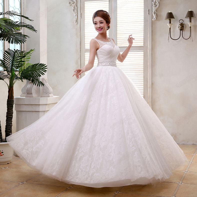 Elegant Ball Gown Scoop Neckline Beading Sashes Lace-Up Wediing Dress