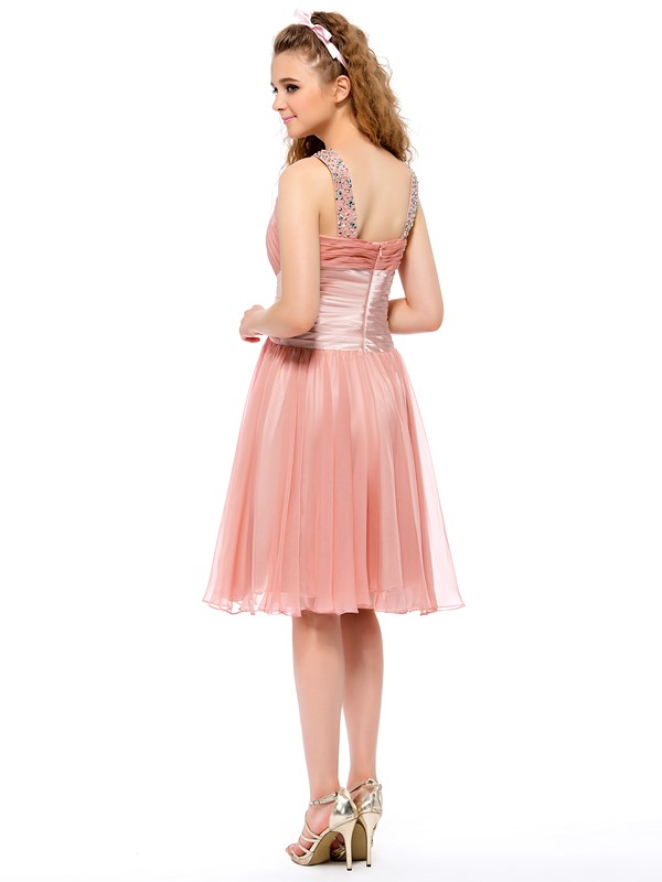 Fine  A-Line Beading Ruched Knee Length Homecoming Dress
