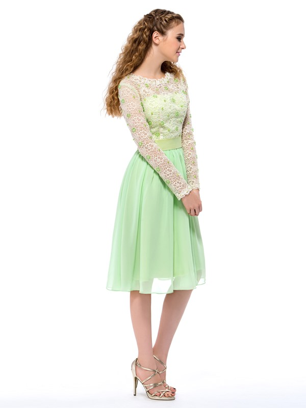 Bright Bateau Neckline Lace Sequins Long Sleeves Knee-Length Homecoming Dress
