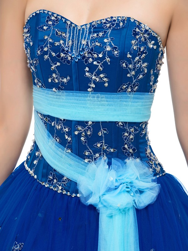Admirable Sweetheart Beaded Appliques Lace-up Quinceanera Dress