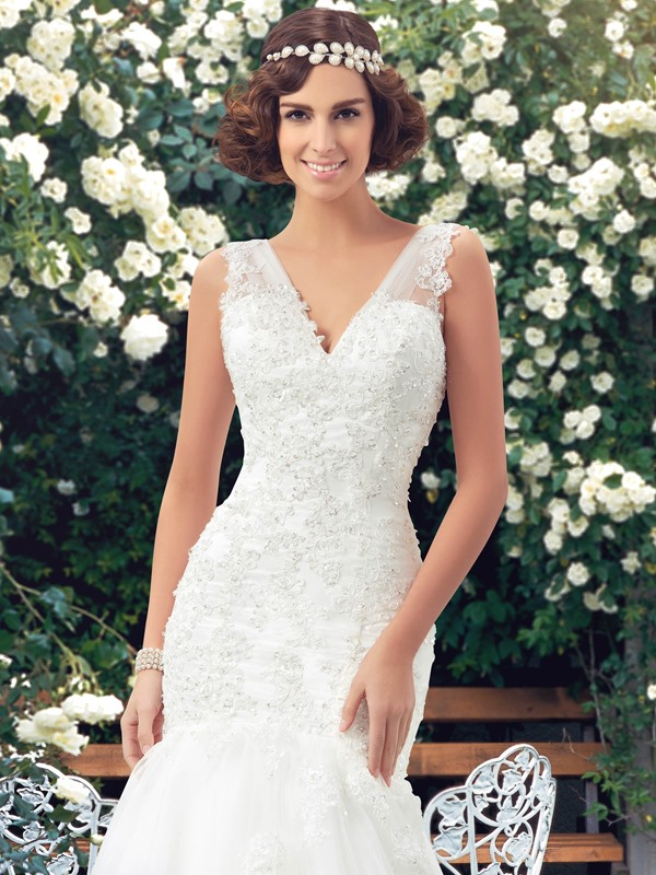 Appliques Beaded V-Neck Mermaid Wedding Dress(Free Shipping)