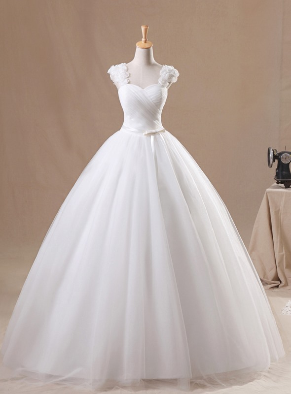 Sweet Floral Cap Sleeve Sweetheart White Tulle Ball Gown Wedding Dress