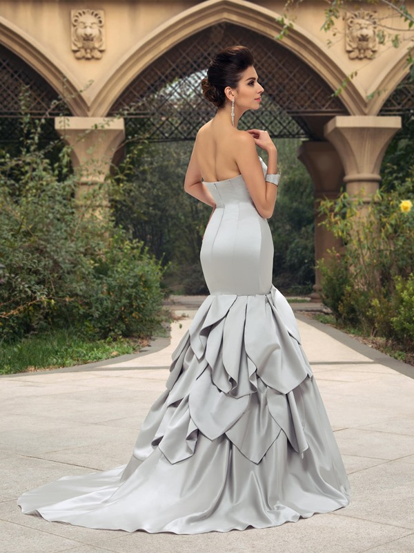 Dazzling Ruched Sweetheart Ruffles Mermaid Wedding Dress