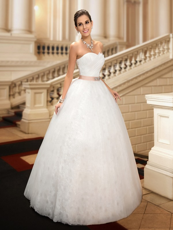 Dazzling Beaded Strapless Floor-Length Ball Gown Lace Wedding Dress