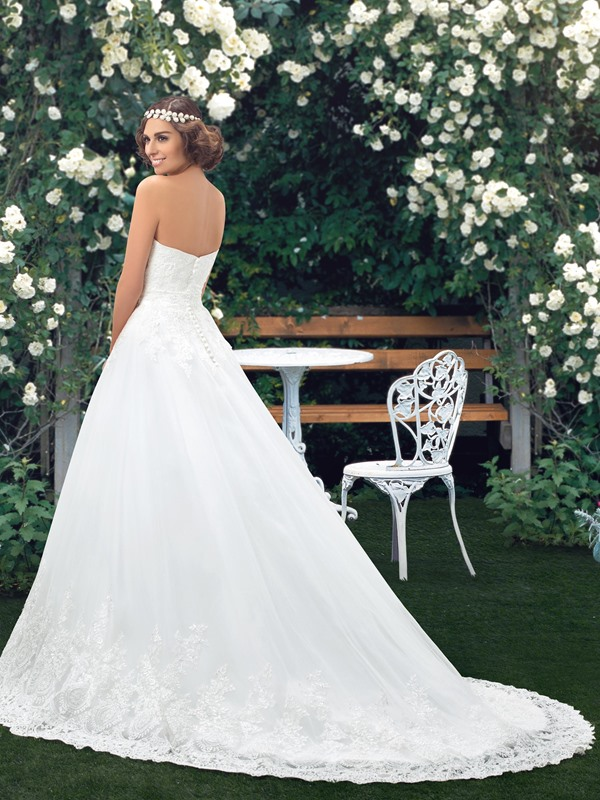 Dazzling Strapless Sweetheart A-Line White Lace Wedding Dress(Free Shipping)