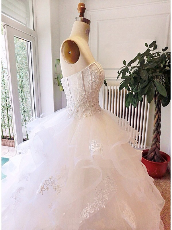 Luxury Strapless Lace Appliques Puffy A-line Color Wedding Dress