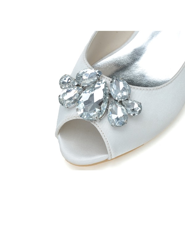 Cozy Stain Kitten Heels Rhinestone Wedding Shoes