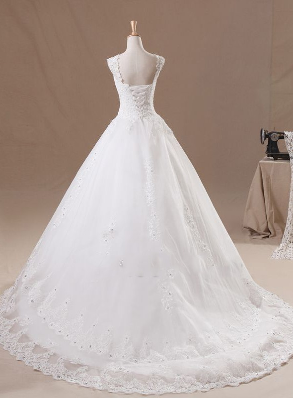 Dazzling Beaded Lace Appliques Sweetheart Cap Sleeve Wedding Dress(Free Shipping)