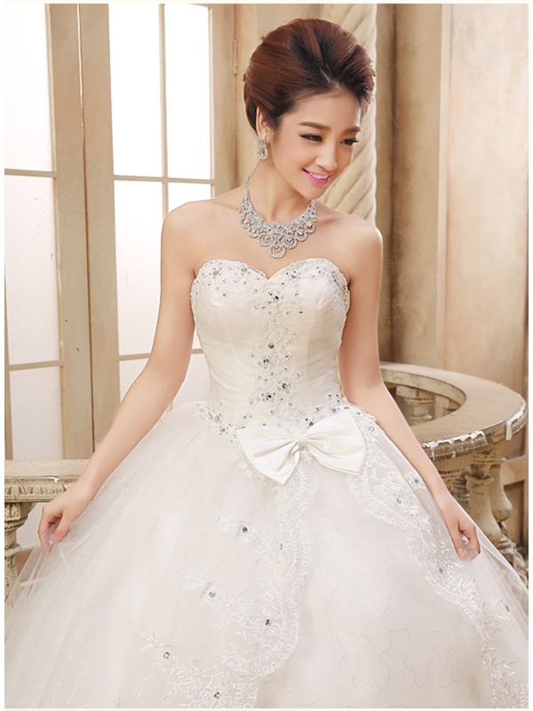 Cute Sweetheart Beaded Lace Appliques Bowknot Ball Gown Wedding Dress(Free Shipping)