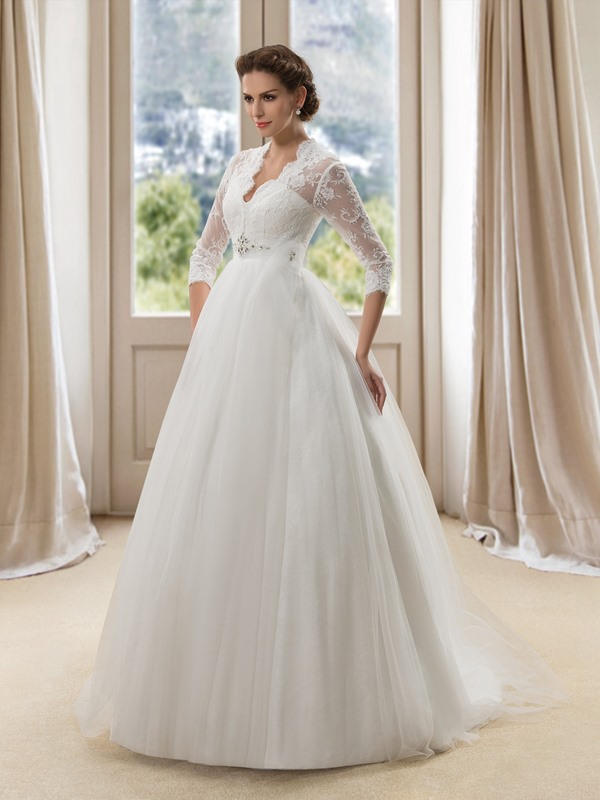 Eye-catching V-Neck Lace Long Sleeve A-Line Wedding Dress