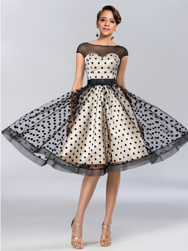 Eye-catching A-Line Tulle Neck Cap Sleeves Knee-Length Black Dress(Free Shipping)