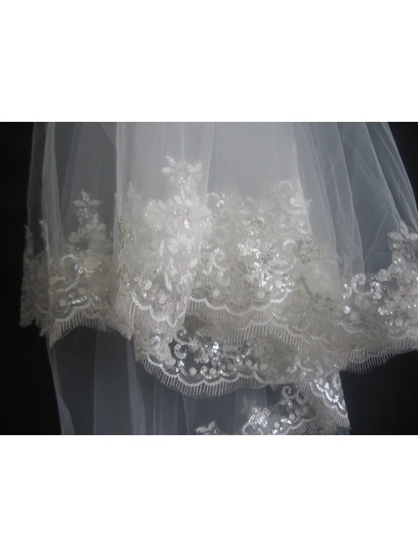 2-Layer Chapel Wedding Veil with Lace Applique Edge