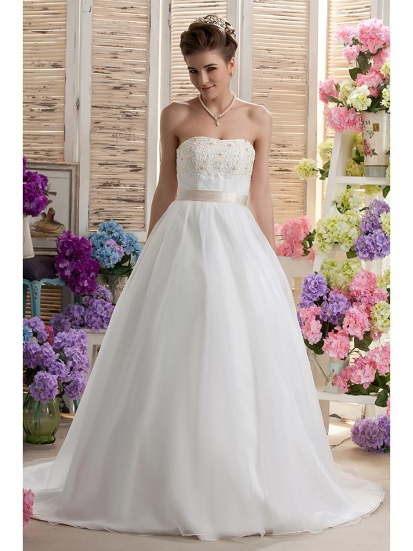 Miraculous A-line Strapless Floor-Length Appliques Chapel Daria's Wedding Dress