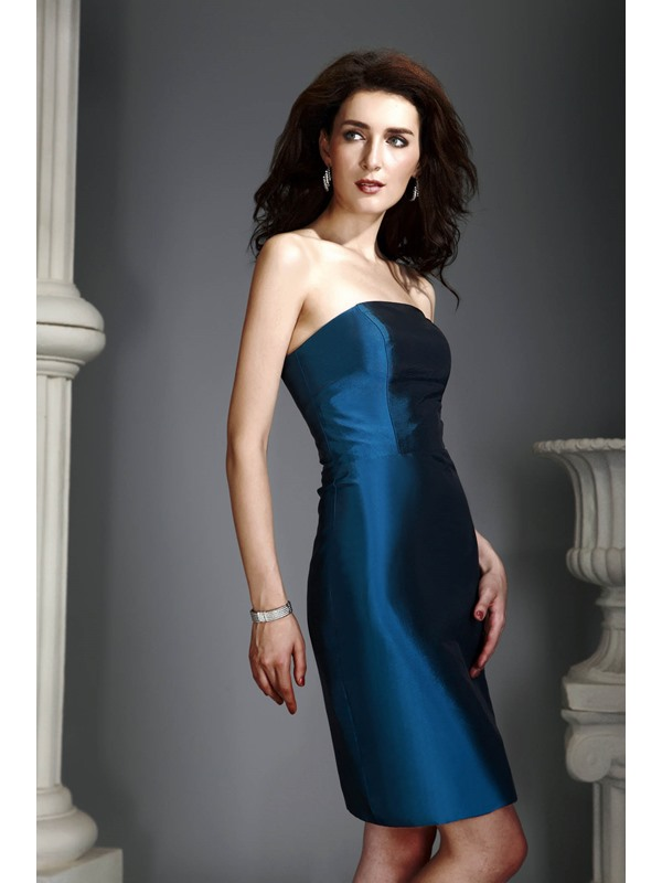 Delicated Sheath/Column Strapless Sequins Knee-Length Alex's Mother of the Bride Dress With Jacket/Shawl
